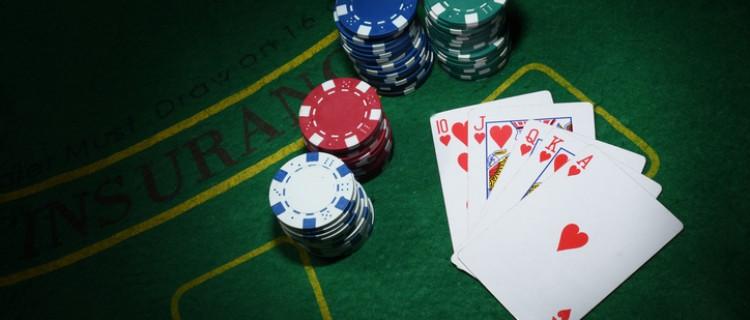 situs club poker domino online