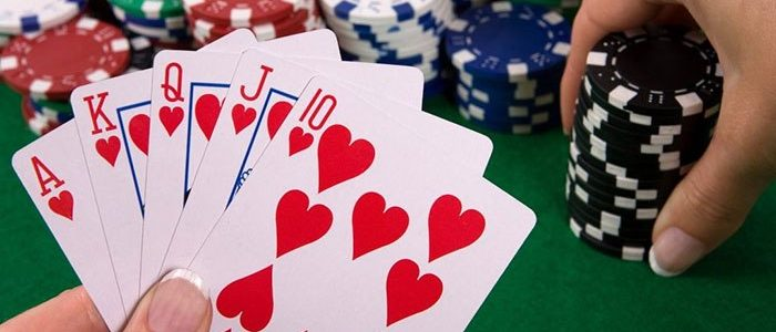 Online poker and the market have connections